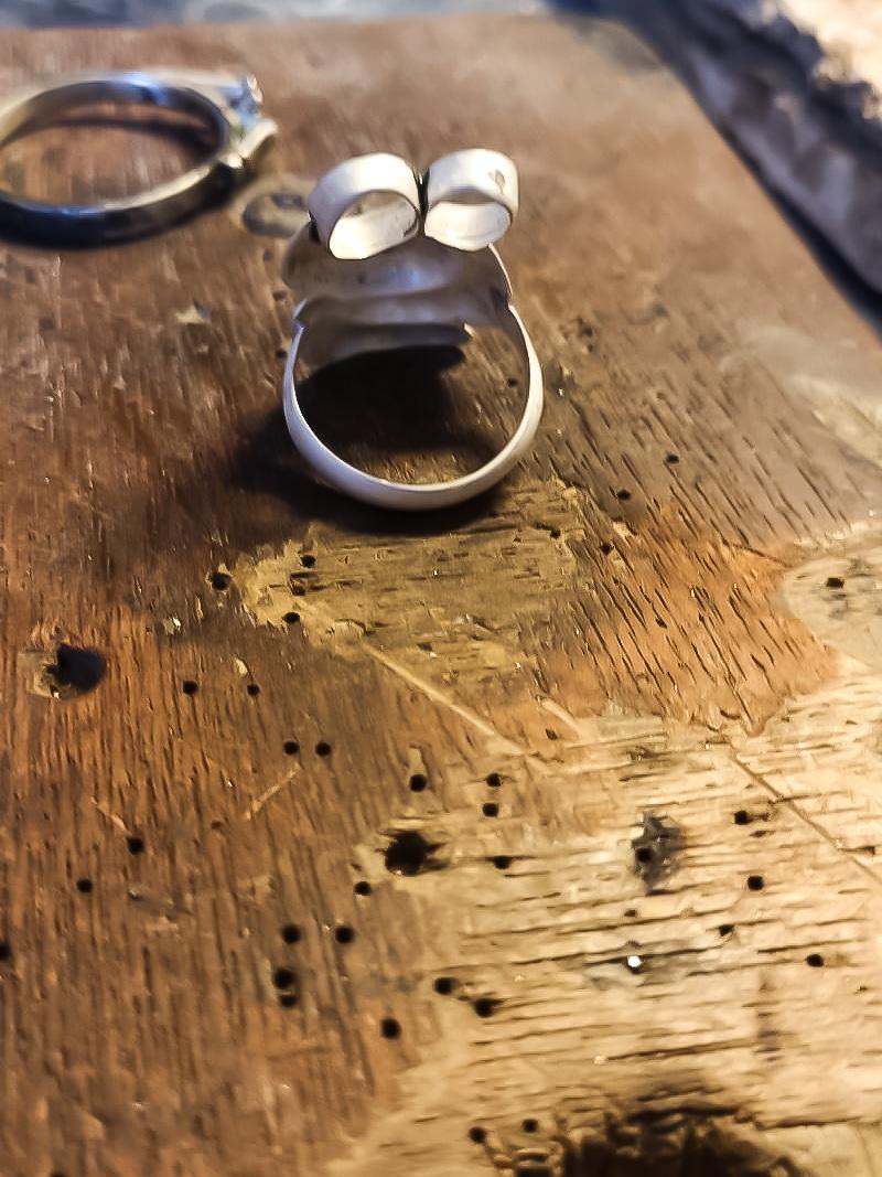 Tara Lois Jewellery Making the Anniversary Embrace ring